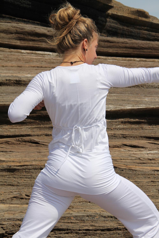 cache-coeur yoga 3 tailles 95 % viscose- 5 % lycra 29€