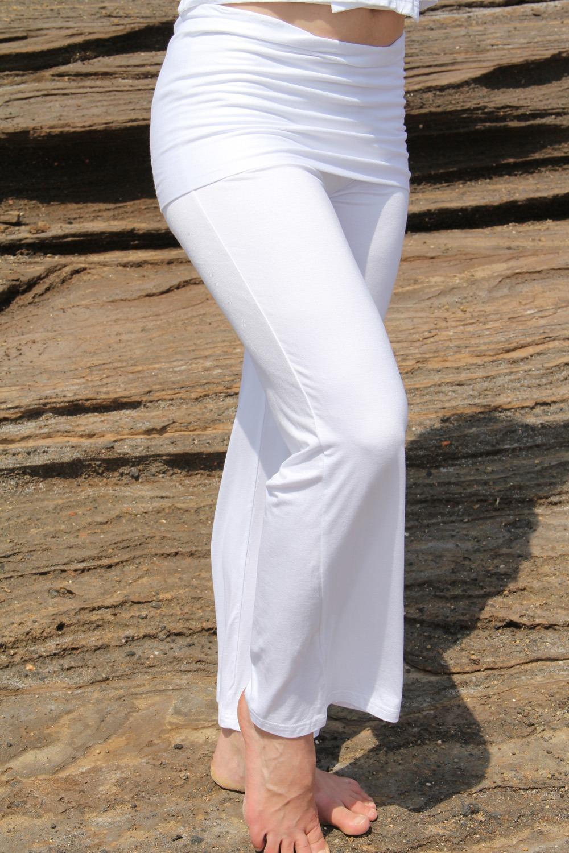 pantalon jupe yoga 3 tailles 95% viscose-5% lycra 39€