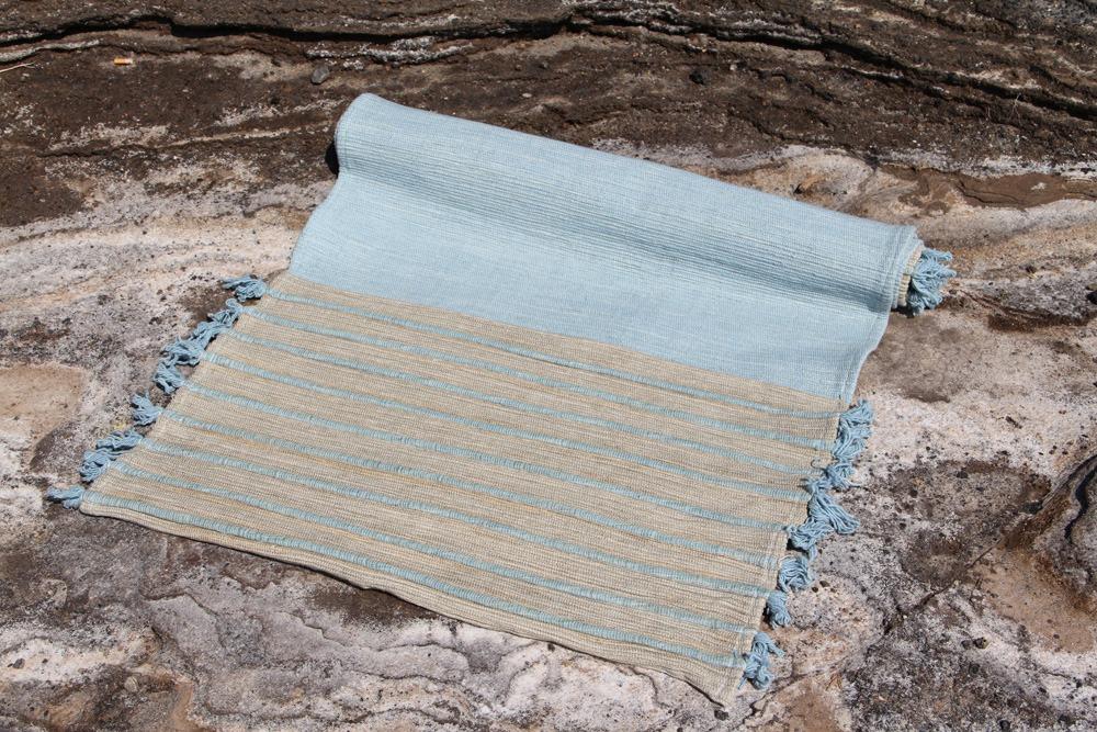 Tapis yoga 100% coton tissé main 70 x 200 cm teinture végétale ayurvédique 89€